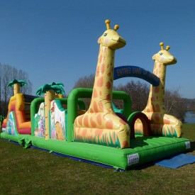 Parcours Gonflable Girafe