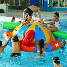 Jeu Gonflable Aquatique pour piscine : Saturne Colorée