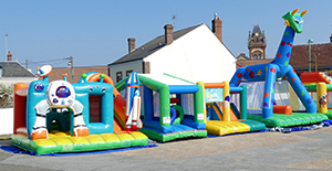 Inflatable Games by Air et Volume